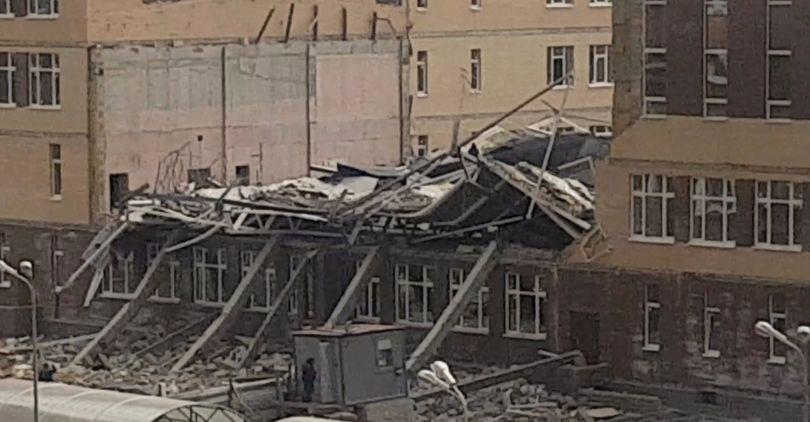 Крыша школы в Мурино обрушилась из-за некачественного строительства
