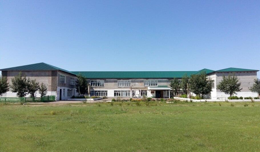 Кровля школы после ремонта
